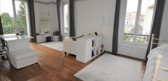 MAISON 8 pièces à CHATOU de 179 m²