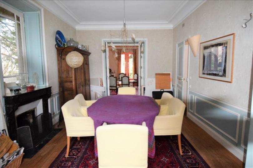 MAISON 8 pièces à LE VESINET de 206 m²