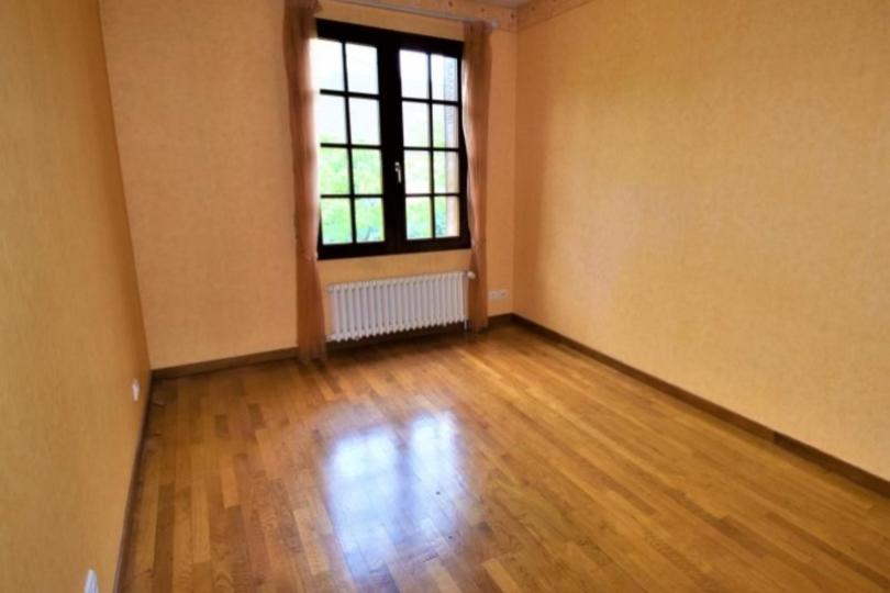 MAISON 6 pièces à CHATOU de 166 m²