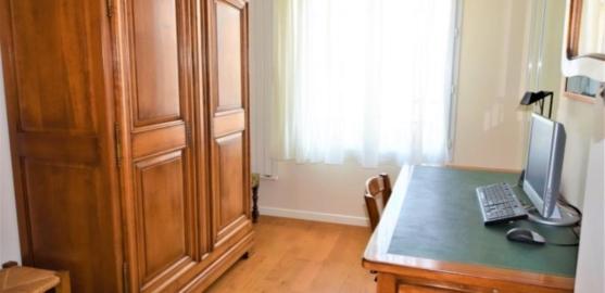 APPARTEMENT 4 pièces à CHATOU de 79,39 m²