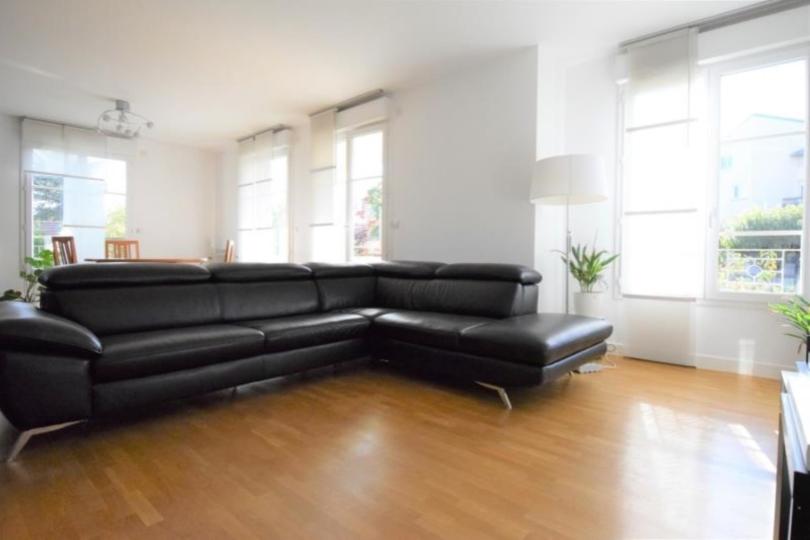 APPARTEMENT 5 pièces à CHATOU de 99,7 m²