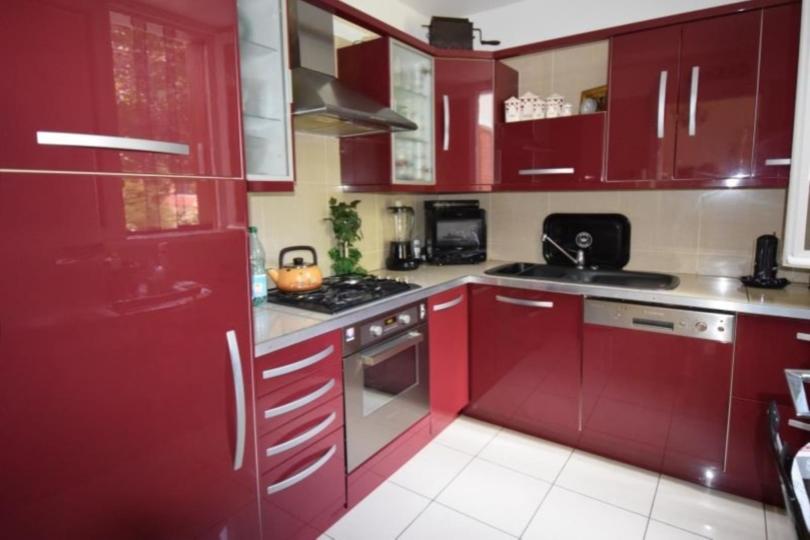 MAISON 6 pièces à LE VESINET de 129 m²