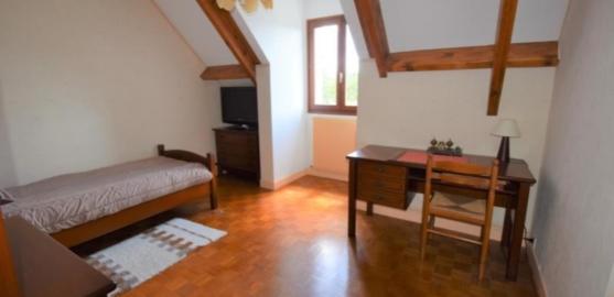 MAISON 7 pièces à CHATOU de 150 m²