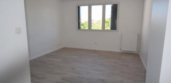 MAISON 8 pièces à CHATOU de 187 m²
